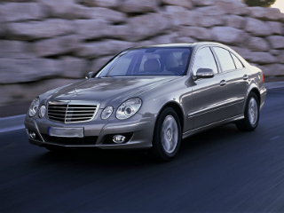 Mercedes-benz-E-class_airport_transfer_03.jpg